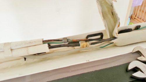 エアコン配管の接続部