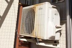 富士通のエアコン室外機が動かない