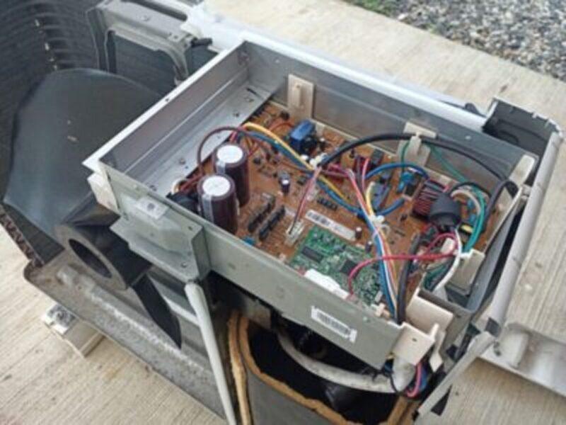 エアコン室外機の故障原因と修理費用の相場